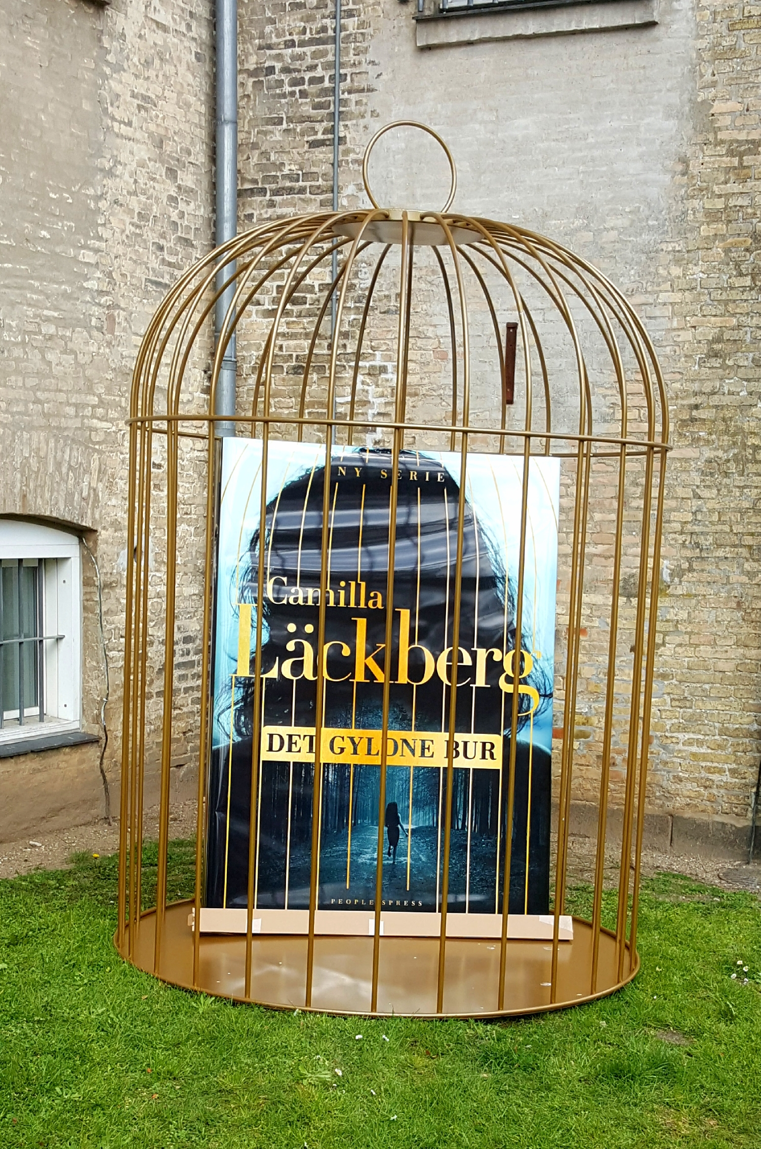 Det gyldne bur af Camilla Läckberg